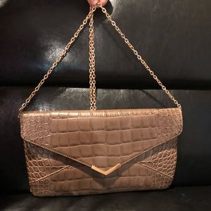 NWT Urban Expressions faux alligator leather purse